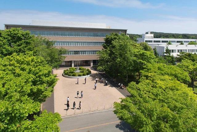 八戸学院大学キャンパス1